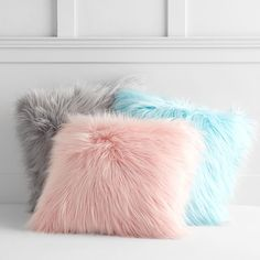 You'll love these ultra-soft and fashionable pillows in any room! These hypoallergenic pillows feature a faux fur exterior for comfort and warmth. Shaggy and snuggly, these supremely soft faux fur pillow covers add playful comfort to your room. Shabby Chic Wardrobe, Shabby Chic Living Room, Shabby Chic Bedrooms, Shabby Chic Homes, Shabby Chic Furniture, Shabby Chic Decor, Bedroom Furniture, Trendy Bedroom, Furniture Ideas