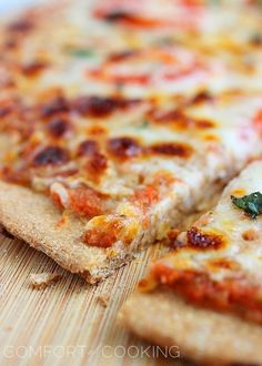 100% Whole Wheat Pizza Dough – Crispy, chewy whole wheat pizza dough makes a delicious canvas for all kinds of tasty toppings! | thecomfortofcooking.com