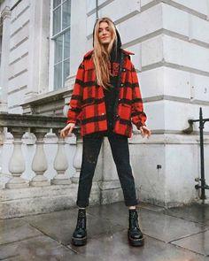 schöne Winteroutfits Find the most beautiful outfits for your winter look. Winter Mode Outfits, Winter Fashion Outfits, Fall Outfits, Autumn Fashion, Grunge Fashion Winter, Travel Outfits, Fashion Guys, 90s Fashion, Street Fashion