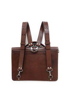 73256ea8f2 81 Best Vintage leather backpack images