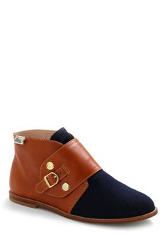 always on the lookout for comfy shoes that I don't hate, as i walk everywhere.