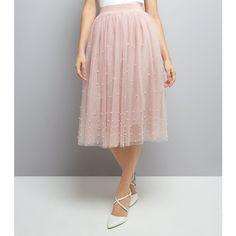 New Look Pink Tulle Midi Skirt (47 AUD) ❤ liked on Polyvore featuring skirts, shell pink, tulle midi skirts, pink skirt, pink midi skirt, pink tulle skirts and midi skirt