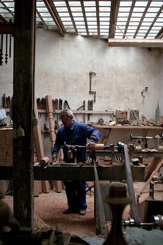 A furniture maker's studio - That is an amazing work studio...my goal is to have one like that