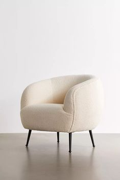 Danica Chair | Urban Outfitters Living Room Seating, Living Room Chairs, Velvet Lounge, Fashion Room, Home Staging, New Room, Living Room Designs, Home Goods, New Homes