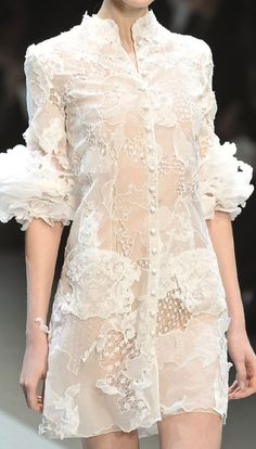 skaodi: Christophe Josse Spring 2010. posted by runway-disease