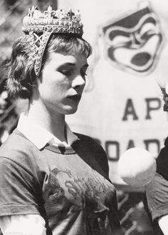 Julie Andrews at Broadway Softball League, 1961.