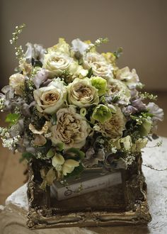Beautiful Flower Arrangements, Love Flowers, Floral Arrangements, Beautiful Flowers, New Years Decorations, Ikebana, Wedding Bouquets, Floral Design, Floral Wreath