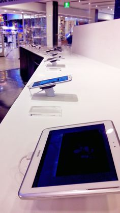 Samsung in Chile - safe, secure, fully powered tablets