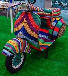 Yarn Bombed Scooter........ #Textiles #Upcycle #Recycle #DIY #GreenLiving #Handmade #DIY #Craft #Reuse #Repurpose #Crochet #YarnBombing #Scooter Mod Fashion, Vintage Fashion, Upcycled Textiles, Vespa Px, Motor Scooters, Vespa Scooters, Yarn Bombing, Knitting Kits, My Ride