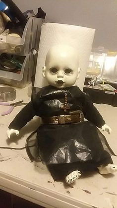 "Baby ""Pinhead"" Doll by Lisa Straitiff Creepy Dolls, Halloween Ideas, Lisa, Baby, Baby Humor, Infant, Babies, Halloween Prop, Babys"