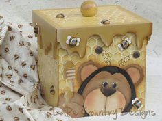 Painted Boxes, Wooden Boxes, Tole Painting, Painting On Wood, Decorative Painting Projects, Wood Crafts, Paper Crafts, Country Bears, Decoupage Box