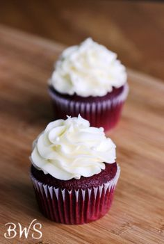 Red Velvet Cupcakes with Cream Cheese Frosting | betterwithsugar.com