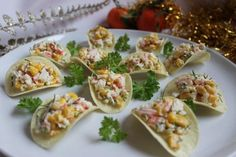 Appetizer on chips «Marine temptation Dutch Cheese, Diet Recipes, Snack Recipes, Crab Stick, Holiday Appetizers, Deviled Eggs, Canapes, Yummy Snacks, Bon Appetit