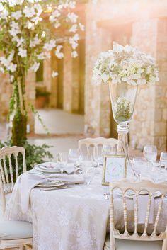 Elegant wedding reception table setting | Elias Kordelakos Photography | Bridal Musings Wedding Blog 23