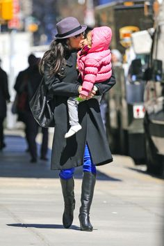 Bethenny Frankel Photo - Bethenny Frankel Shops With Her Daughter