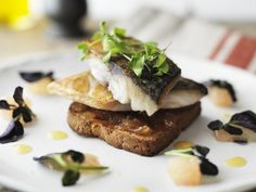 Full of flavour, this seared mackerel on cumin fragranced soda bread toast with red grapefruit chutney, watercress salad and vinaigrette is a great source of vitamin D, B, protein and Omega 3 Watercress Salad, Bread Toast, Soda Bread, Vitamin D, Spring Recipes, Omega 3, Treat Yourself, Vinaigrette, Chutney