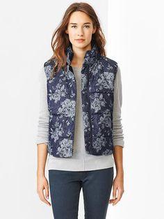 Gap Floral Jacquard Puffer Vest - floral print