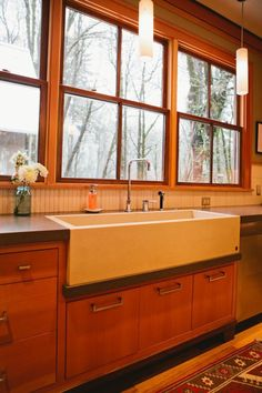 Melody's Beautifully-Designed Pacific Northwest Kitchen Kitchen Tour | The Kitchn
