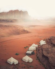 Hotels-live.com/cartes-virtuelles #MGWV #F4F #RT A journey Wadi Rum is a journey to another world a vast silent place timeless and starkly beautiful Wadi Rum is one of Jordan's main tourist attraction being the most stunning desert landscape in the world laying 320 km southwest of Amman 120km south Petra and only 60km north of Aqaba. Wadi Rum Camp @kpunkka by dreamlifepix https://www.instagram.com/p/BETE4ZBn4Gp/