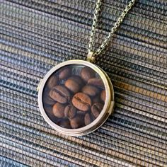 With just a few supplies, anyone can make this coffee-lover's neckalce in just 2 minutes, even if you've never made jewelry!