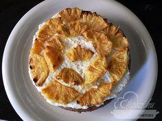 Túrós, diós kölestorta, fűszeres ananásszal Apple Pie, Desserts, Dios, Tailgate Desserts, Deserts, Postres, Dessert, Apple Pie Cake, Plated Desserts