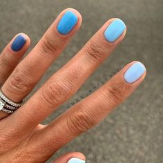 Everything You Need to Re-Create the Buzzy Gradient Nail-Art Trend From Instagram Gradient Nails, Pastel Nails, Cute Acrylic Nails, Glitter Nails, Rainbow Nails, Stiletto Nails, Holographic Nails, Gold Nails, Coffin Nails