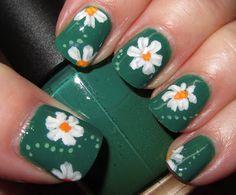 Marias Nail Art and Polish Blog: Daisies on jade