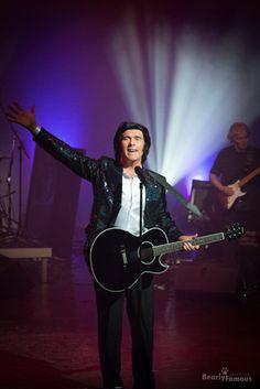 Fisher Stevens as Neil Diamond Tribute Show