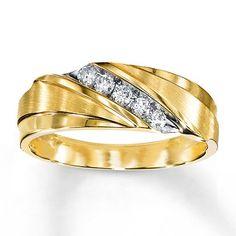 Men S Wedding Band 1 4 Ct Tw Diamonds 10k Yellow Gold