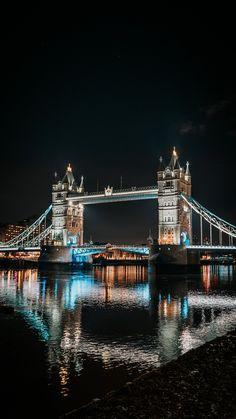 London Dreams, Voyage Europe, Destination Voyage, London Life, Beautiful Places To Travel, Travel Aesthetic, Aesthetic Style, Aesthetic Dark, London Travel