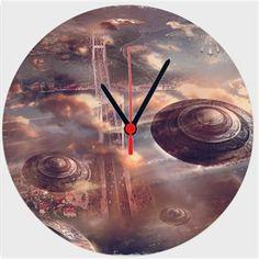 Cihan Engin - Ufolar İstanbul da - Kendin Tasarla - Duvar Saati 27cm