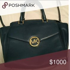 Looking for this Michael Kors Navy Blue Bag Looking for this amazing Michael kors navy blue Hudson bag, please help me to find it!!! Michael Kors Bags Totes