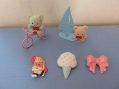 https://flic.kr/p/tWXssV | broches - pins - ourson annees 80 - 80s souvenirs d'enfance!