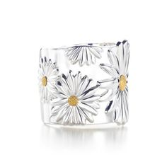 Tiffany And Co Outlet Nature Daisy Cuff Bangle,Tiffany Outlet,New Arrivals… Tiffany And Co Bracelet, Tiffany Bracelets, Tiffany Jewelry, Daisy Bracelet, Tiffany Rings, Tiffany Necklace, Hand Bracelet, Tiffany Et Co, Tiffany And Co Outlet