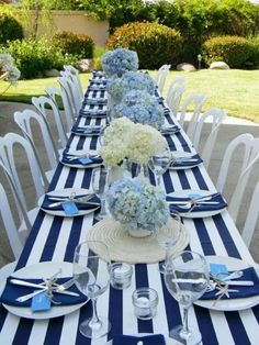 16 New Ideas for party table centerpieces beach themes Beach Table Settings, Wedding Table Settings, Wedding Table Decorations, Baby Shower Decorations, Party Centerpieces, Beach Theme Decorations, Nautical Table Centerpieces, Outdoor Decorations, Baby Shower Table