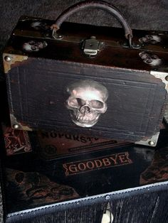 GOTHIC SKULL TRAVEL Case Antique Leather by GothicRoseAntiques, $145.00