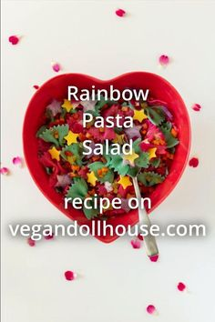This colorful vegan pasta salad will brighten up any picnic, party, or bbq. This recipe has time saving shortcuts and advice for making it ahead of time, while also including instructions for making it extra cute with the addition of stars, edible flowers, and colored pasta. Rainbow italian pasta salad is a quick and easy recipe that is guaranteed to get your friends and family snapping pictures and going for seconds. #vegandollhouse #vegan #recipe #cutefood #pastasalad #rainbow #colorful Best Salad Recipes, Vegan Dinner Recipes, Vegan Breakfast Recipes, Delicious Vegan Recipes, Rainbow Pasta, Vegan Teas, Finding Vegan, Pasta Salad Italian, Vegan Pasta