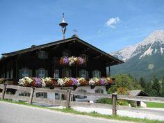 Das Bergdoktorhaus | Der Bergdoktor – Offizieller Fanclub zur beliebten ZDF-Reihe