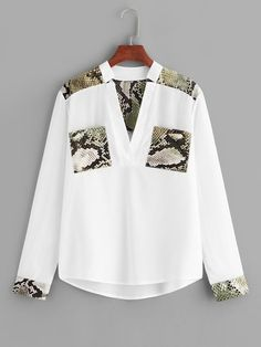Shop Snake Print Panel V-neck Blouse online. SHEIN offers Snake Print Panel V-neck Blouse & more to fit your fashionable needs. Blouse Styles, Blouse Designs, Spring Shirts, V Neck Blouse, Blouse Online, White Style, Snake Print, African Fashion, Shirt Blouses