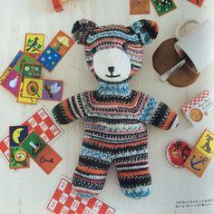 Our Teddy bear Såve has made it all the way to Japan. Here he is, posing for #Keitodama! #knitting #knitstagram #knittersofinstagram #knittinglove #strikking #regia #schachenmayr #yarn #yarnporn #arneogcarlos #arneandcarlos #arnecarlos