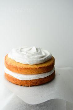 Whipped coconut cream cake ♥