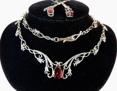 Vintage Jewelry Garnet Sterling Silver Necklace and earring set
