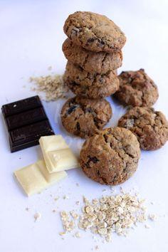 Αν είστε από εκείνους που αγαπούν τα μαλακά μπισκότα, αυτά εδώ θα τα λατρέψετε! Παρόλο που έχουν μέσα βρώμη και κάποιοι μπορεί να είστε ... Healthy Desserts, Chocolate Cake, Biscuits, Recipies, Cookies, Food And Drink, Sweets, Sugar, Cook Cook