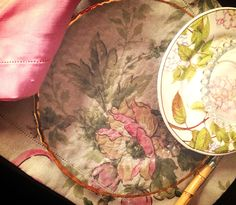 Tableset in floral linen..Chic!