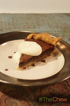 Homemade Chocolate Chess Pie combined with this delicious chocolate filling is the perfect pie for your Thanksgiving dessert table!