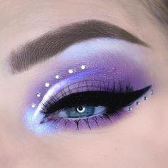Edgy Makeup, Makeup Eye Looks, Eye Makeup Art, Crazy Makeup, Cute Makeup, Pretty Makeup, Eyeshadow Makeup, Makeup Inspo, Makeup Eyes