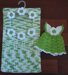Cute Crochet Chat Patterns: Clothespin Bag and Scrubbie Dress Dishcloth Crochet Towel, Crochet Potholders, Cute Crochet, Beautiful Crochet, Crochet Crafts, Crochet Lace, Crochet Projects, Crochet Dresses, Crochet Granny