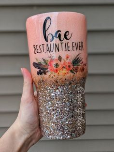 BAE Best Auntie Ever Glitter Tumbler – artideas Vinyl Tumblers, Custom Tumblers, Personalized Tumblers, Glitter Cups, Glitter Tumblers, Glitter Party, White Glitter, Tumblr Cup, Vases