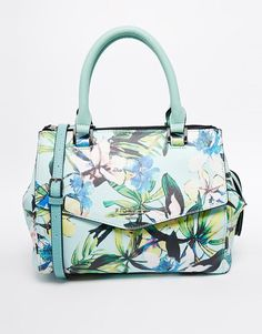 Fiorelli Mia Small Grab Bag with Envelope Detail lovely print, eh on the design… Bags 2015, Fiorelli, Handmade Purses, Purse Styles, Branded Bags, Womens Purses, Grab Bags, Beautiful Bags, Fashion Bags