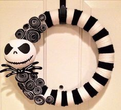 JACK SKELLINGTON Nightmare Before Christmas Wreath Halloween Wreath Christmas Wreath Halloween Decor Fall Decor Fall Wreath Fall Door. Dulceros Halloween, Adornos Halloween, Manualidades Halloween, Holidays Halloween, Halloween Decorations, Halloween Wreaths, Halloween Crafts To Sell, Halloween Fashion, Nightmare Before Christmas Wreath
